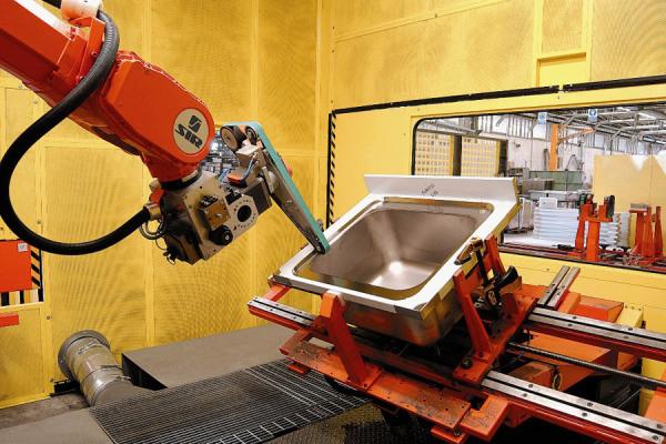 robot antropomorfo per smerigliatura